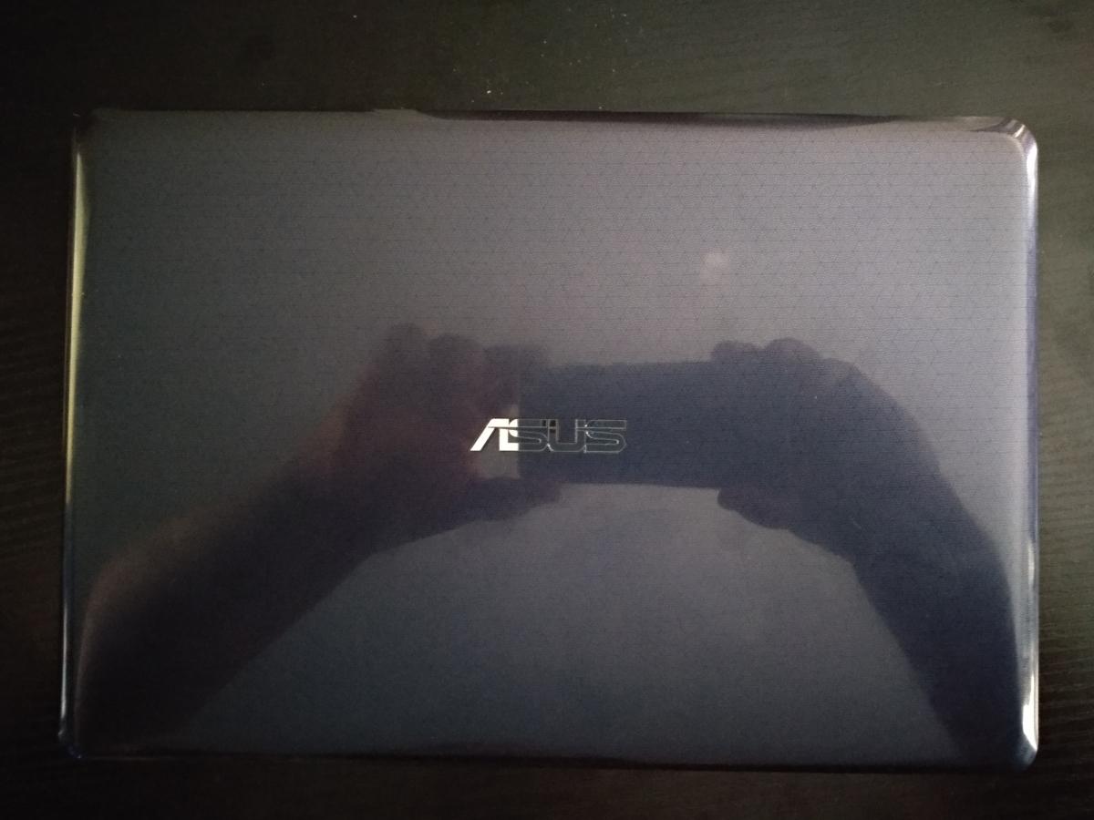 Asus VivoBook E203N